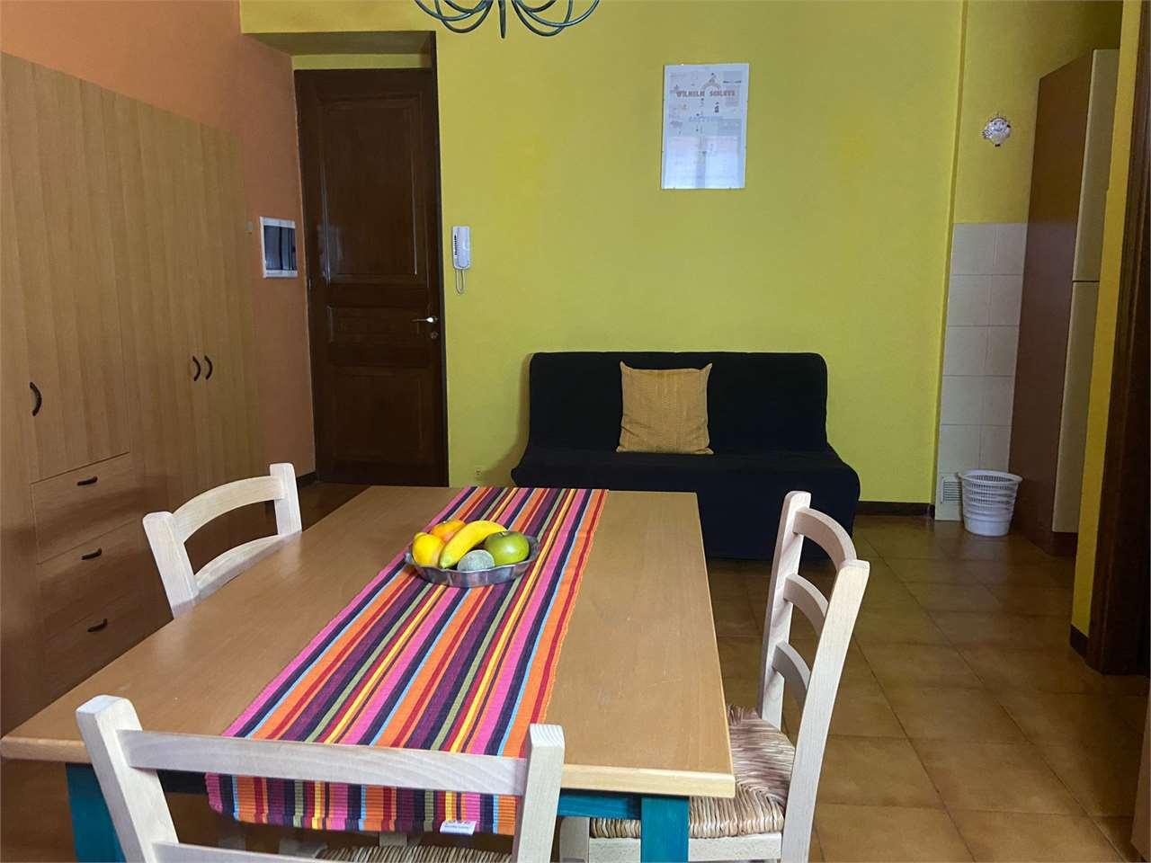 Appartamento in affitto a Borgomanero, 1 locali, prezzo € 350 | CambioCasa.it