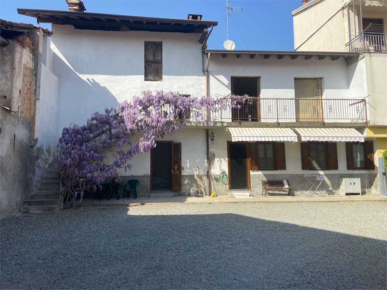 Appartamento in vendita a Cureggio, 4 locali, prezzo € 195.000 | CambioCasa.it
