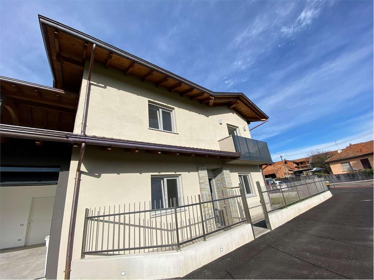 Villa in affitto a Bogogno, 4 locali, prezzo € 1.200 | CambioCasa.it