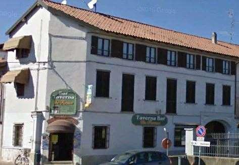 Negozio / Locale in vendita a Cressa, 4 locali, prezzo € 300.000 | CambioCasa.it