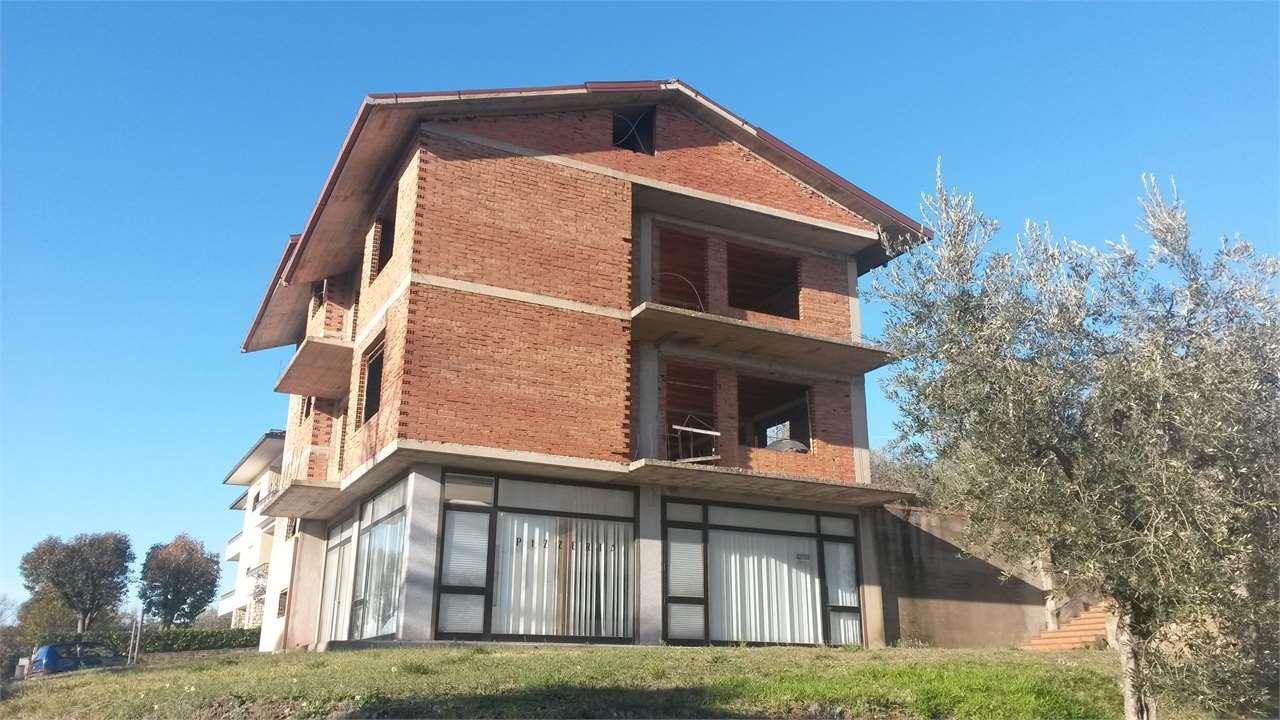 Soluzione Indipendente in vendita a Deruta, 9999 locali, zona Zona: Castelleone, prezzo € 125.000   CambioCasa.it