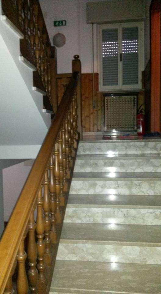Palazzo / Stabile in vendita a Deruta, 9999 locali, prezzo € 230.000   CambioCasa.it
