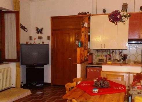 Appartamento in vendita a Passignano sul Trasimeno, 3 locali, Trattative riservate | CambioCasa.it