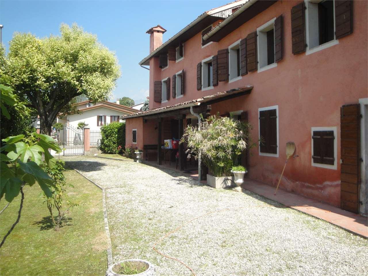 Villa in vendita a Cordignano, 9 locali, zona Zona: Villa di Villa, prezzo € 218.000 | CambioCasa.it