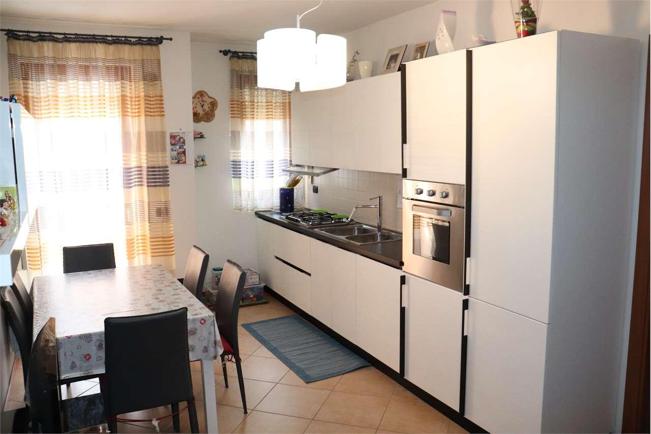Appartamento in vendita a Marcon, 3 locali, prezzo € 139.000   CambioCasa.it