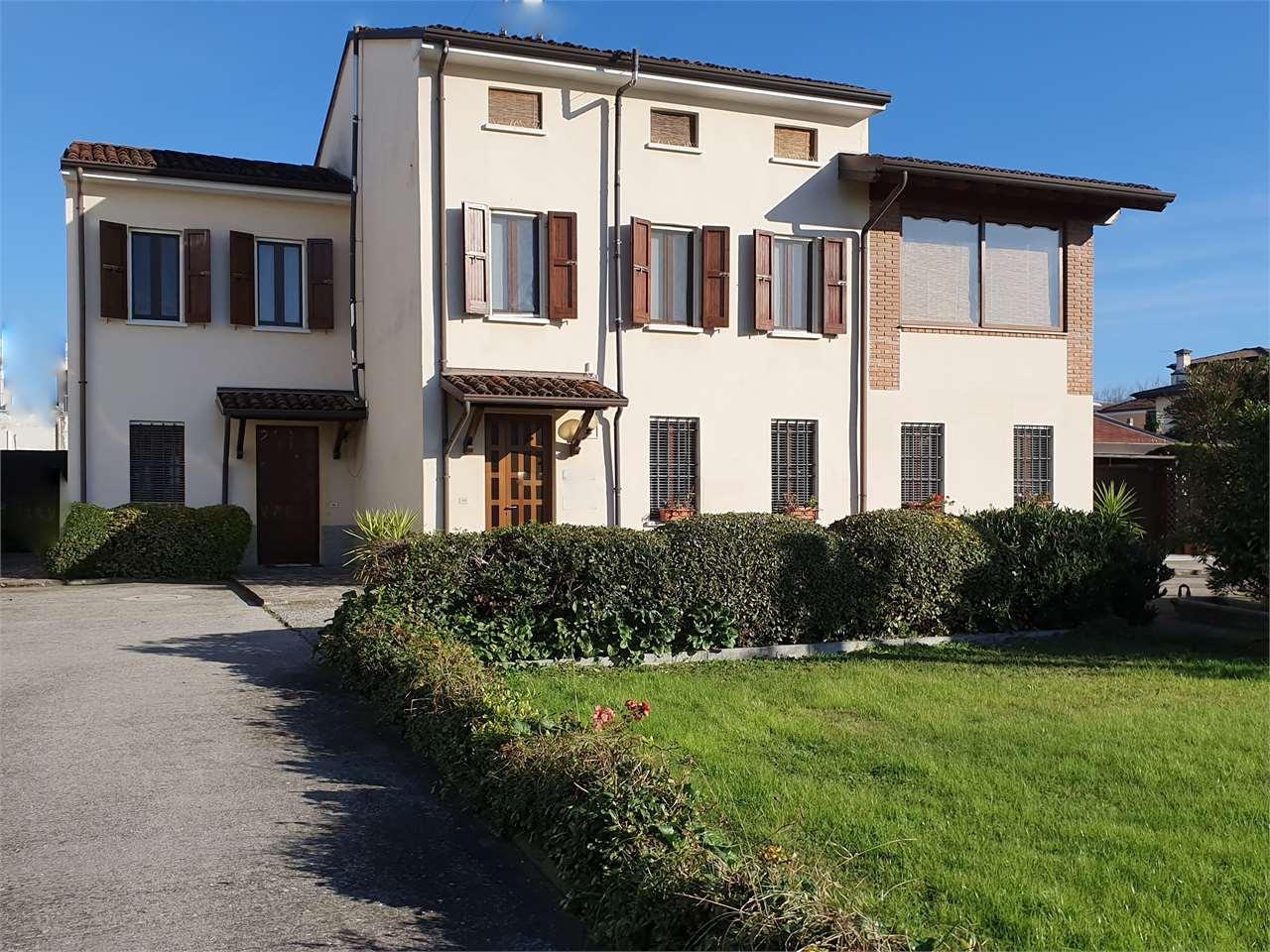 Villa singola Castel Goffredo 225A
