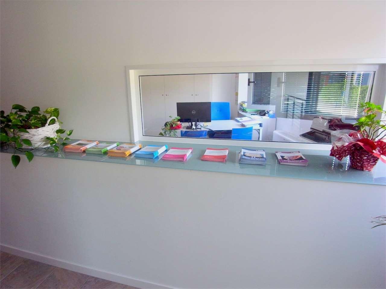 Ufficio / Studio in vendita a Monfalcone, 9 locali, prezzo € 234.000 | CambioCasa.it