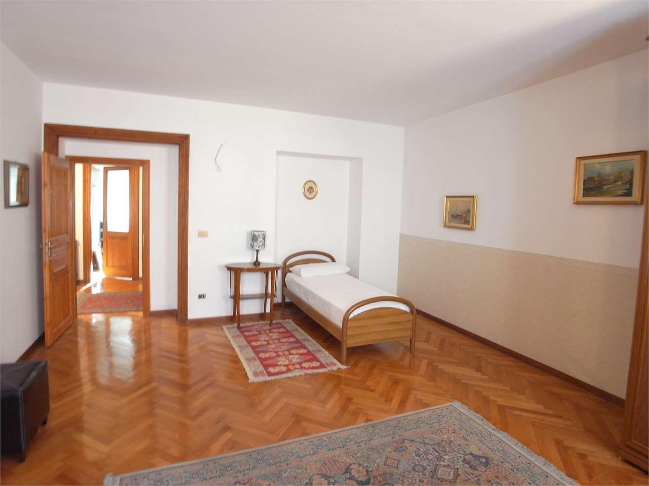 Appartamento in affitto a Trieste, 1 locali, zona Zona: Centro, prezzo € 315   CambioCasa.it