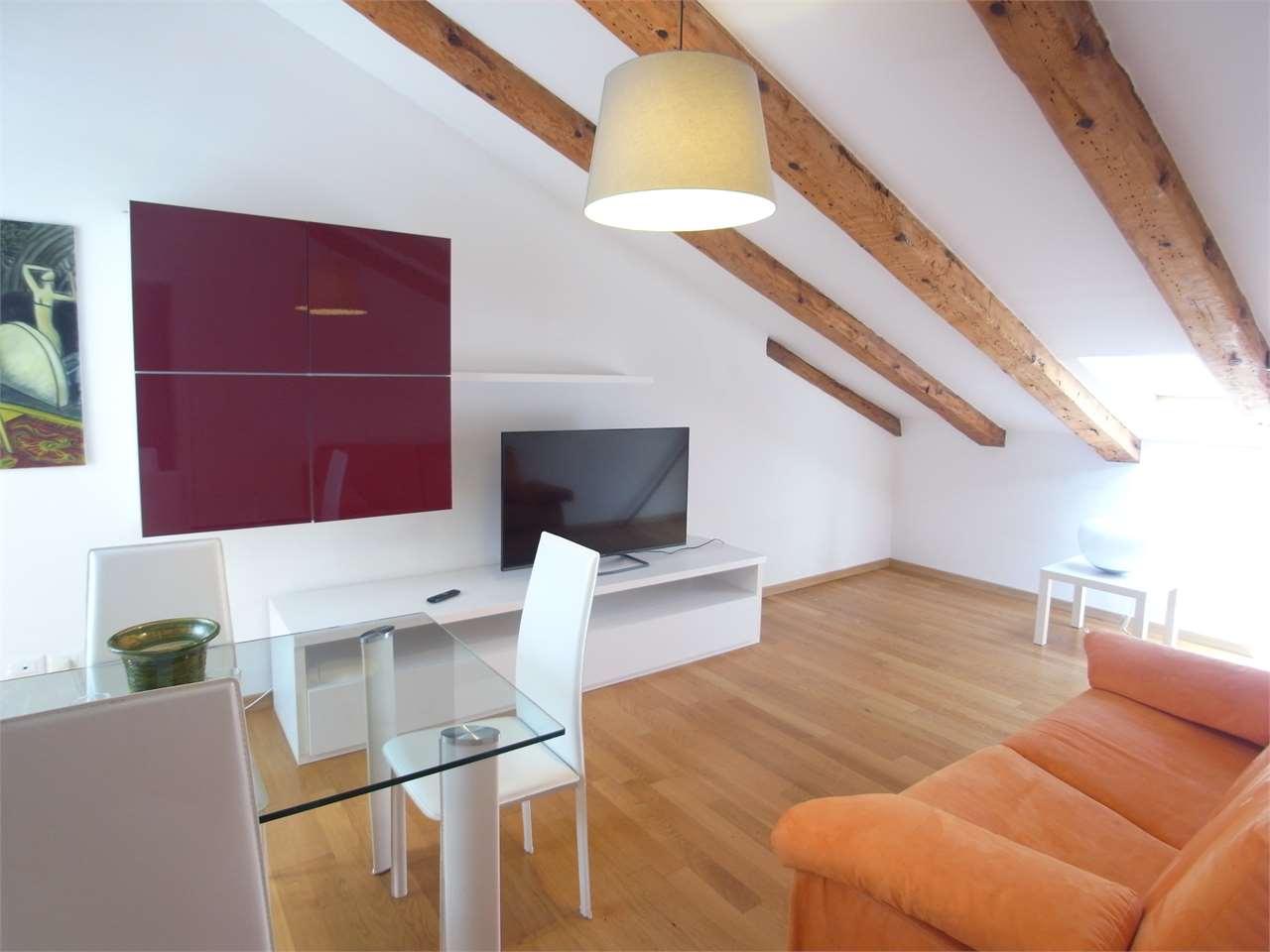 Attico / Mansarda in vendita a Trieste, 2 locali, zona ro, prezzo € 145.000 | PortaleAgenzieImmobiliari.it
