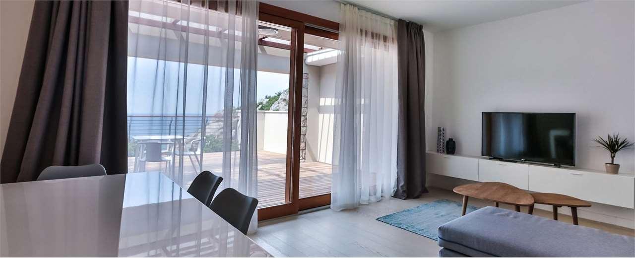 Appartamento in vendita a Duino-Aurisina, 5 locali, zona Zona: Sistiana, Trattative riservate   CambioCasa.it