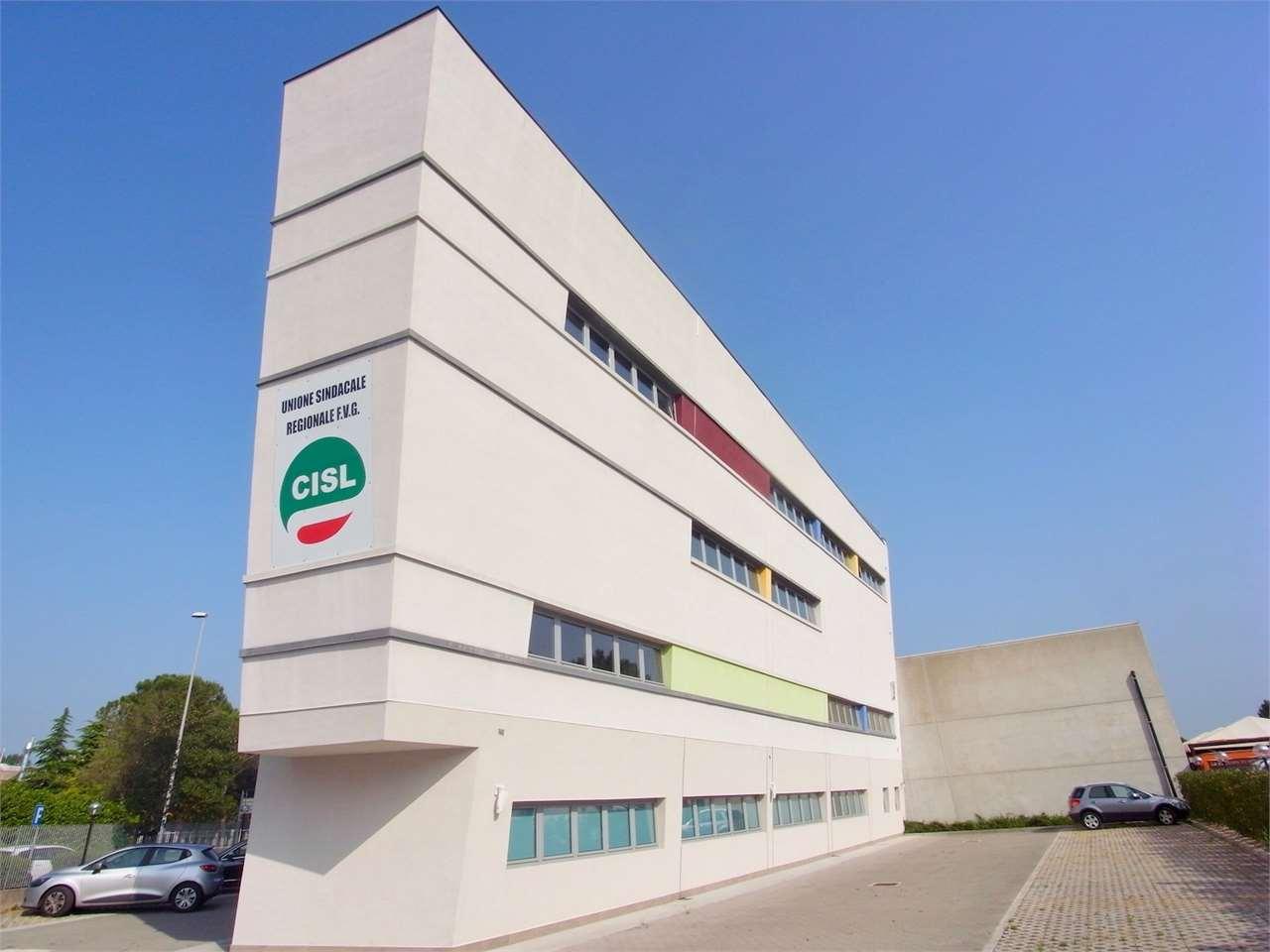 Capannone in vendita a Monfalcone, 20 locali, prezzo € 790.000 | CambioCasa.it