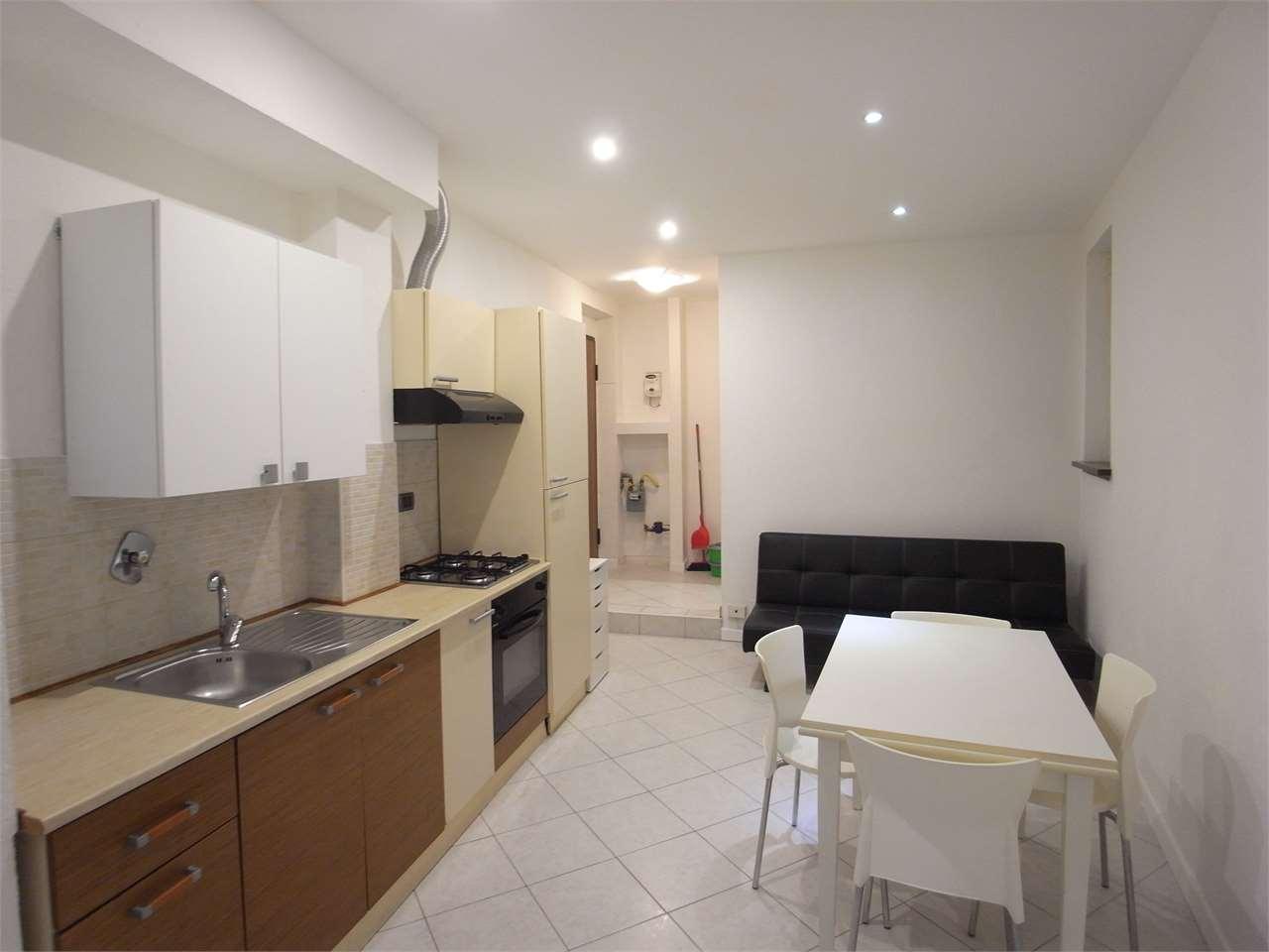 Appartamento in affitto a Trieste, 2 locali, zona Zona: Centro, prezzo € 420 | CambioCasa.it