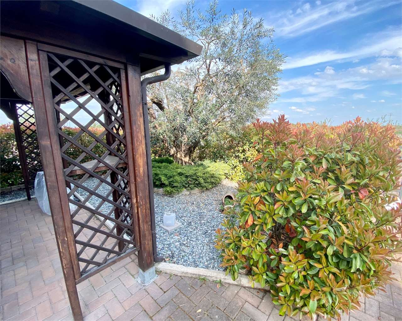 Villa Bifamiliare in vendita a Campogalliano, 4 locali, prezzo € 280.000   CambioCasa.it