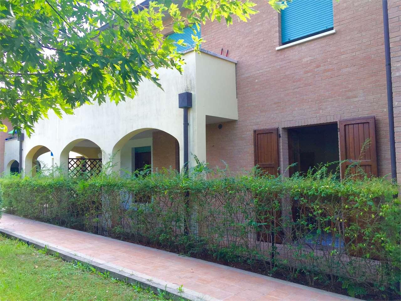 Appartamento in vendita a San Martino in Rio, 2 locali, prezzo € 115.000   CambioCasa.it