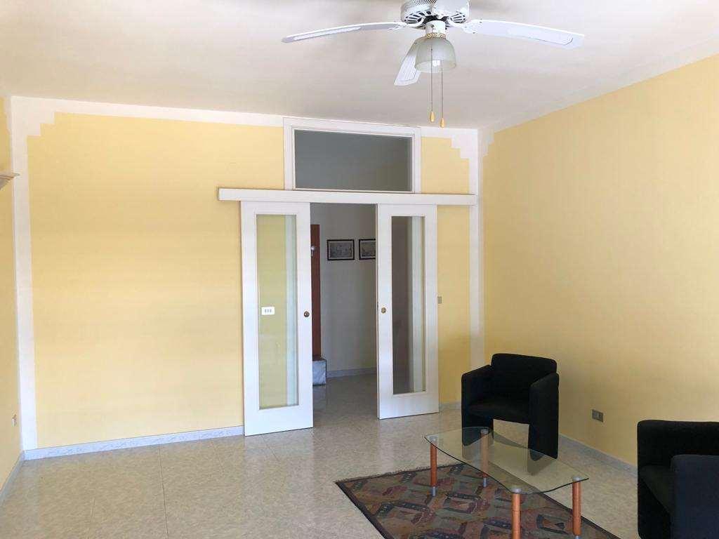 Appartamento in affitto a Casarano, 9999 locali, prezzo € 350 | CambioCasa.it