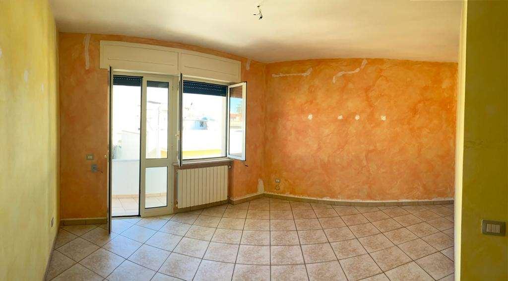 Appartamento in affitto a Casarano, 6 locali, prezzo € 350 | CambioCasa.it