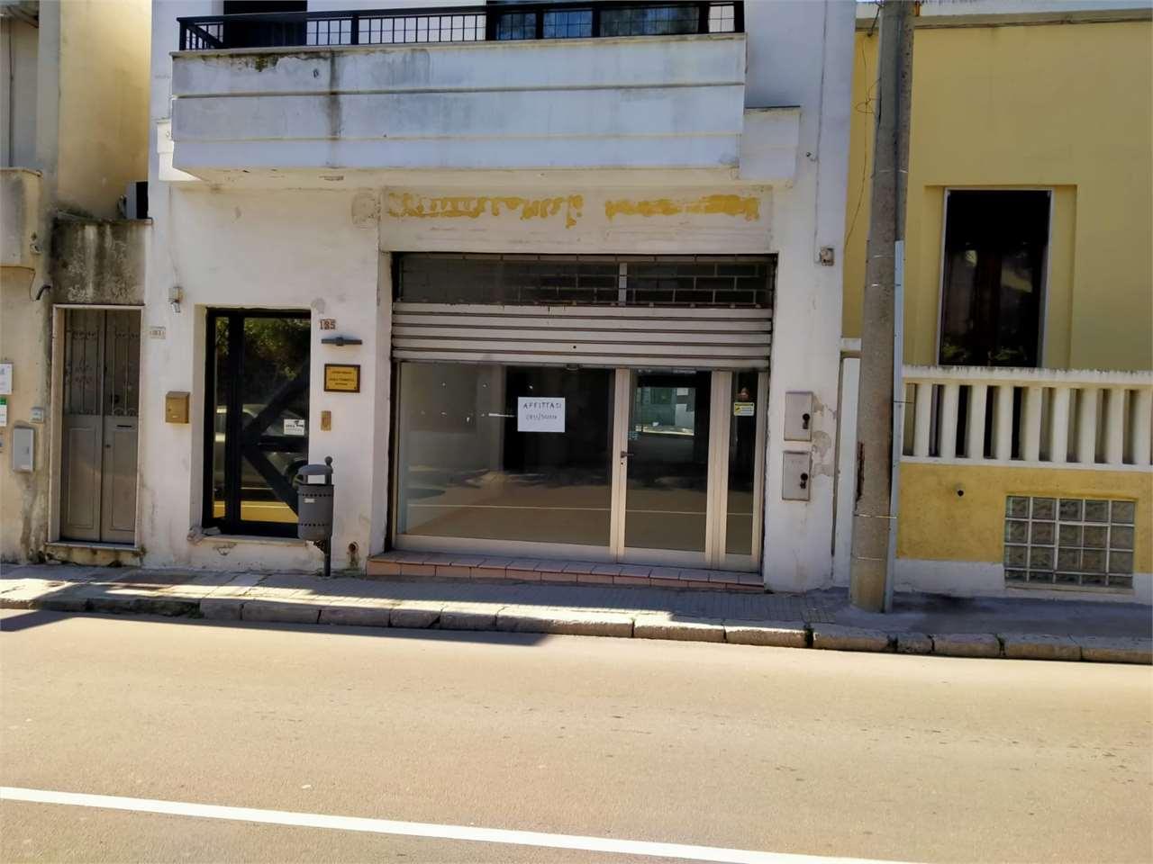 Ufficio / Studio in affitto a Casarano, 2 locali, prezzo € 500 | CambioCasa.it
