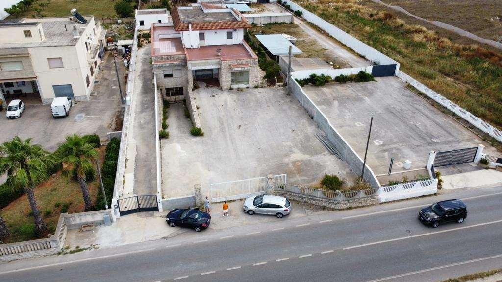 Negozio / Locale in vendita a Alessano, 1 locali, prezzo € 230.000 | CambioCasa.it
