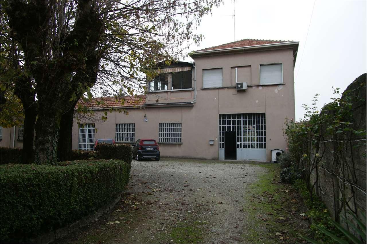 Vendita Villa unifamiliare Casa/Villa Cerano 255751