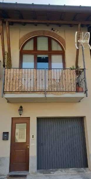 Appartamento in affitto a Orsenigo, 2 locali, prezzo € 500 | CambioCasa.it