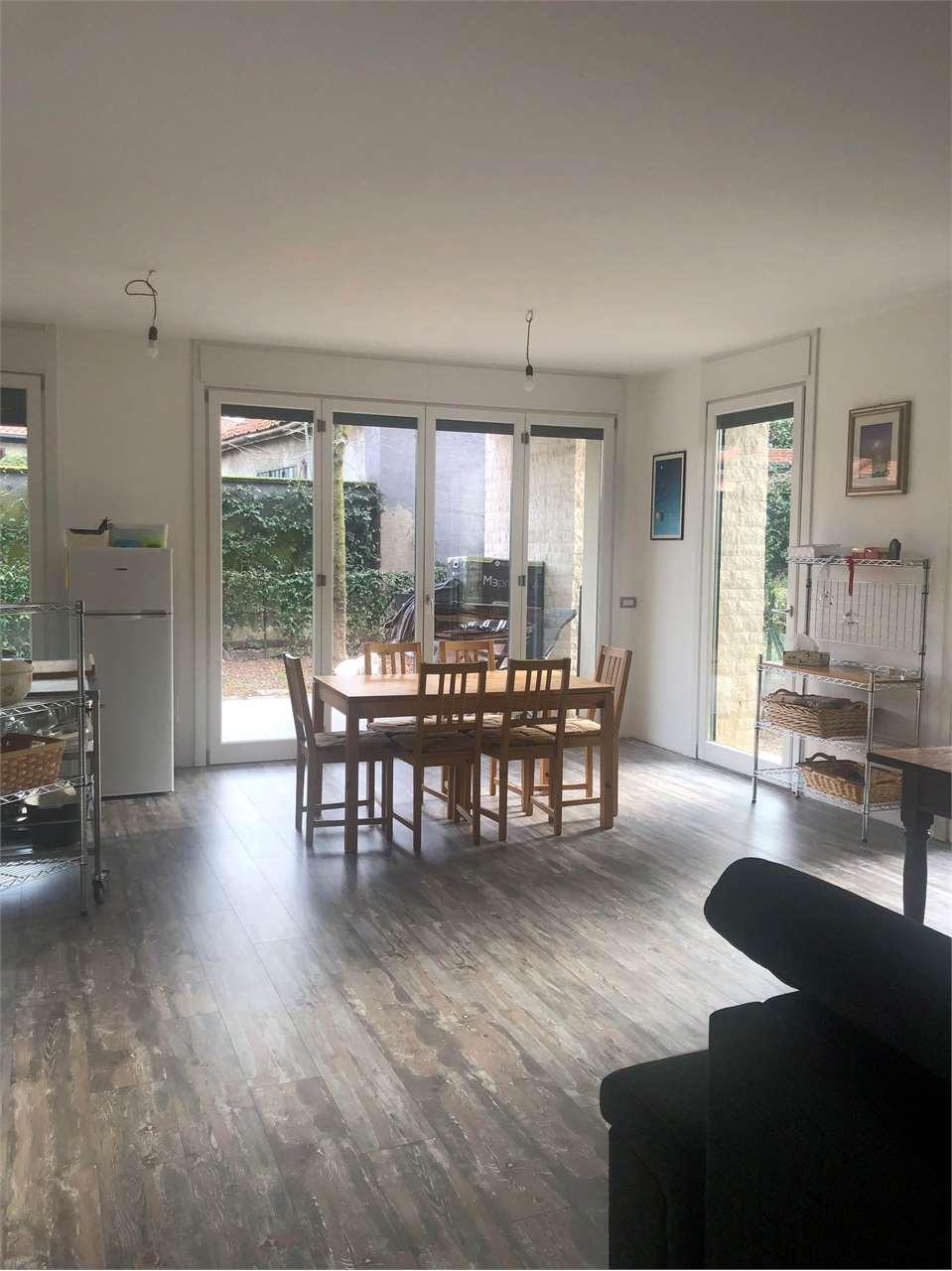 Appartamento in vendita a Fino Mornasco, 3 locali, prezzo € 234.000 | CambioCasa.it