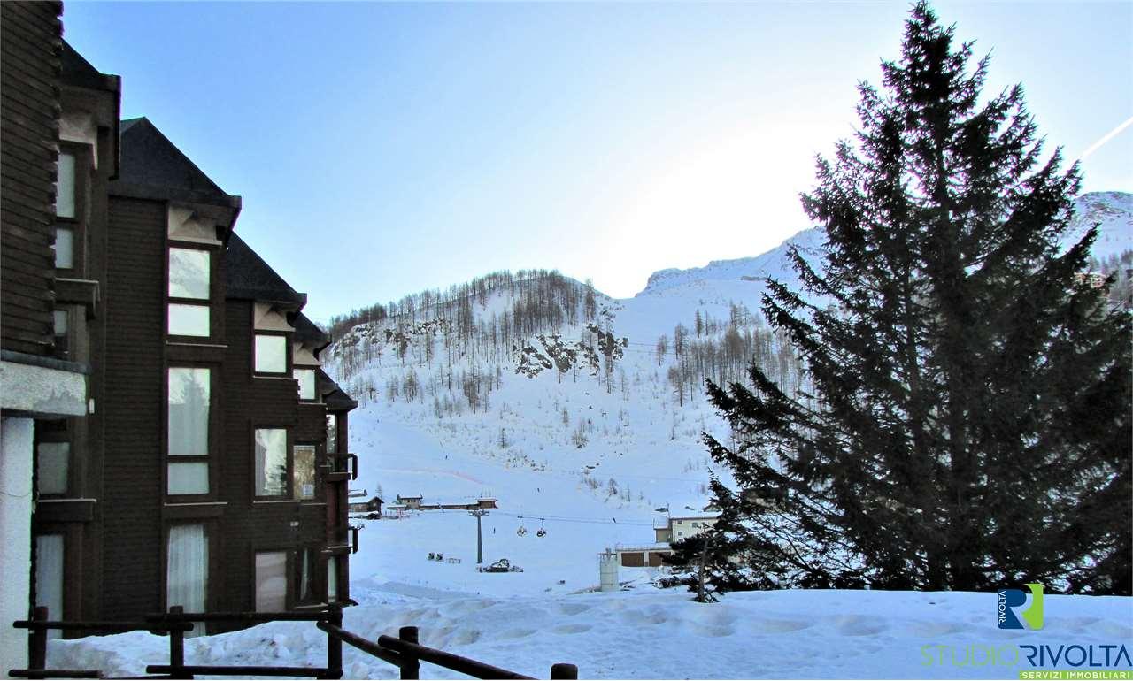 Appartamento in vendita a Valtournenche, 2 locali, zona Località: Breuil-Cervinia, prezzo € 247.000 | CambioCasa.it