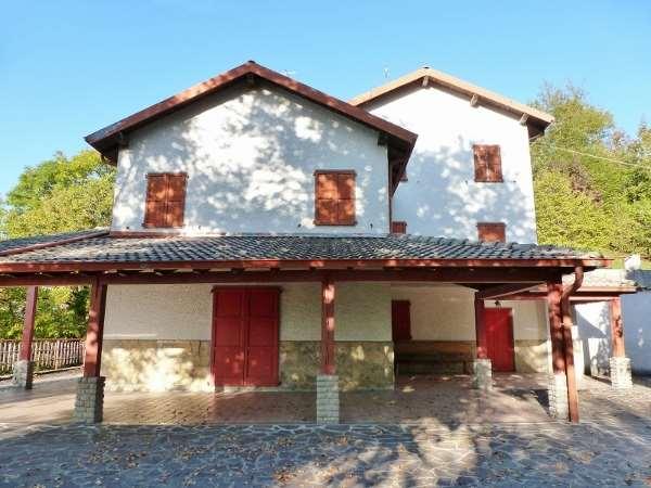 Villa in vendita a Berbenno (BG)