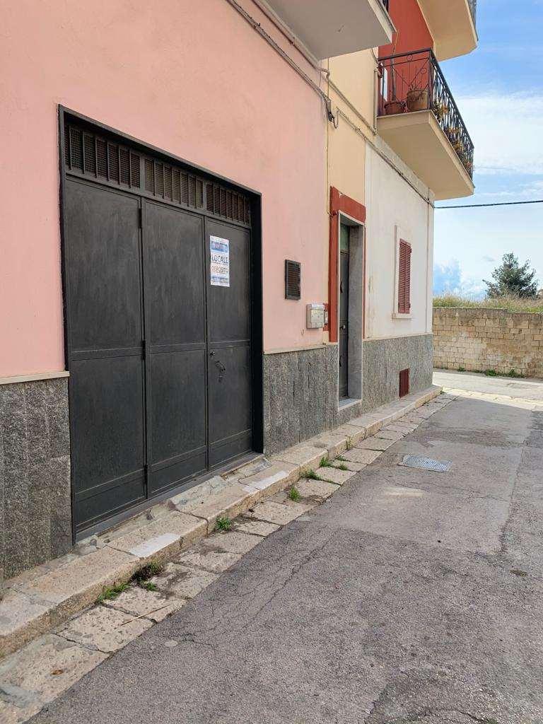 Box / Garage in affitto a Canosa di Puglia, 1 locali, prezzo € 150 | PortaleAgenzieImmobiliari.it
