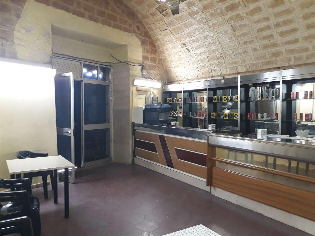 Negozio / Locale in vendita a Canosa di Puglia, 1 locali, prezzo € 180.000 | PortaleAgenzieImmobiliari.it