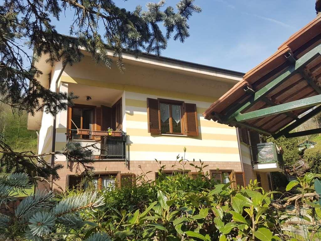 Appartamento in vendita a Castiglione Torinese, 7 locali, prezzo € 195.000 | CambioCasa.it