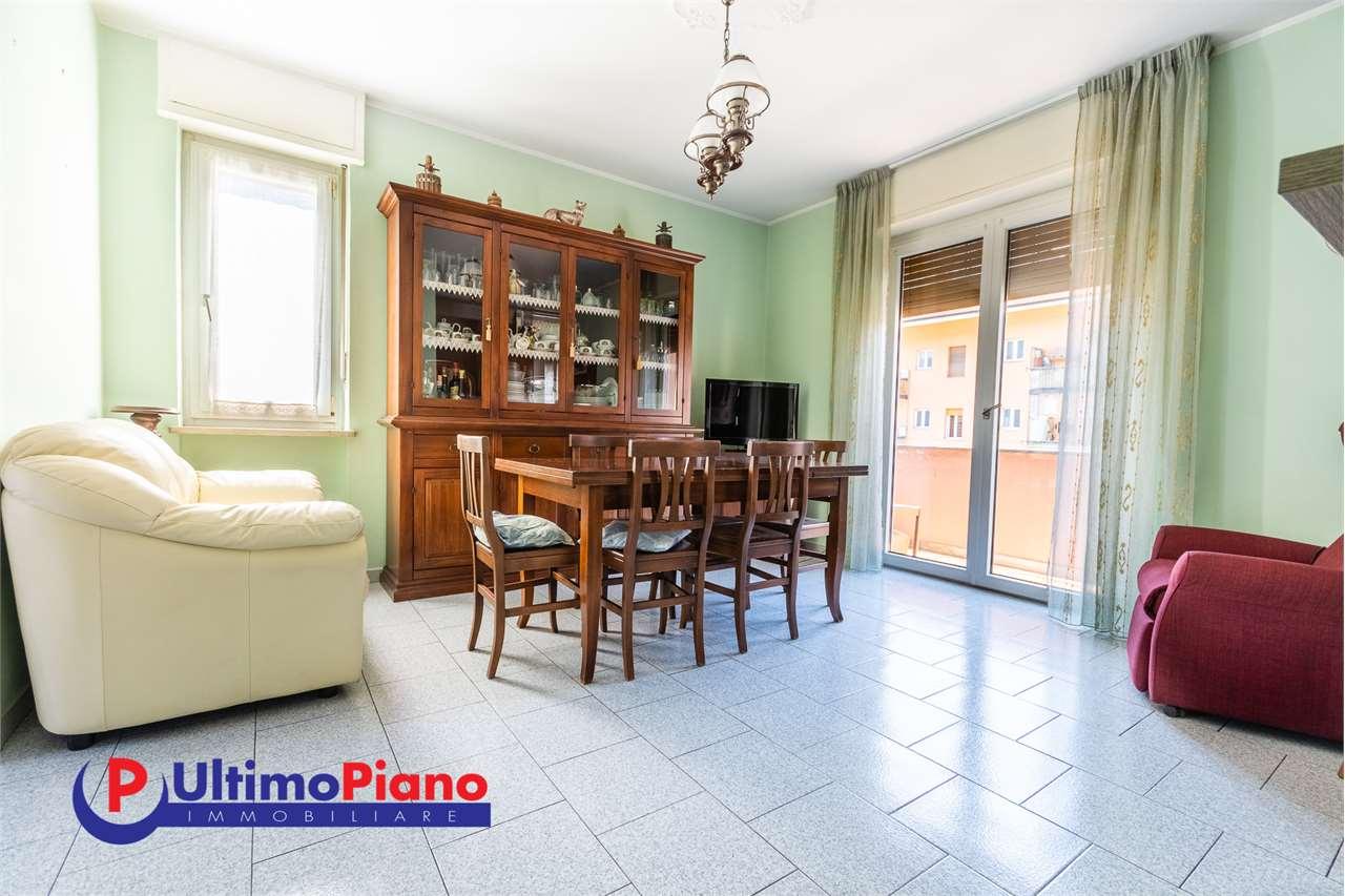 Appartamento in vendita a Aosta, 5 locali, zona centro, prezzo € 140.000   PortaleAgenzieImmobiliari.it
