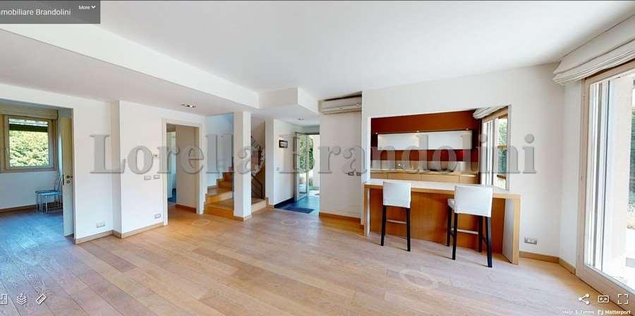 Vendita Villa unifamiliare Casa/Villa Luvinate 53320
