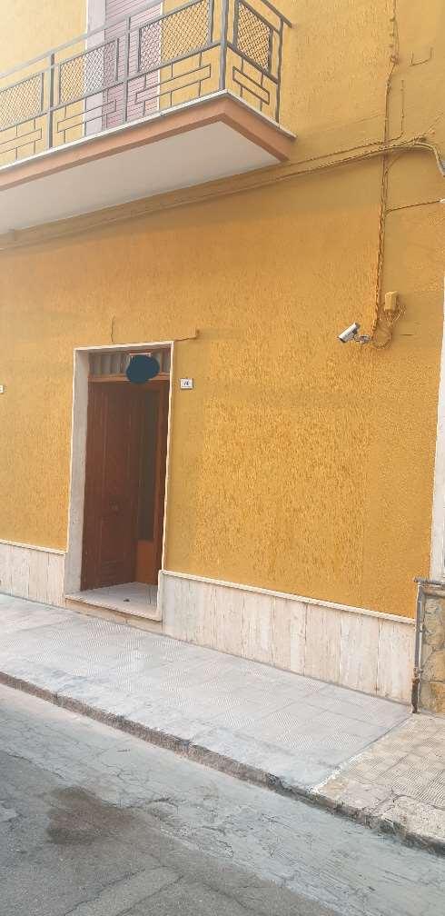 Negozio / Locale in vendita a Cellino San Marco, 1 locali, prezzo € 45.000 | CambioCasa.it