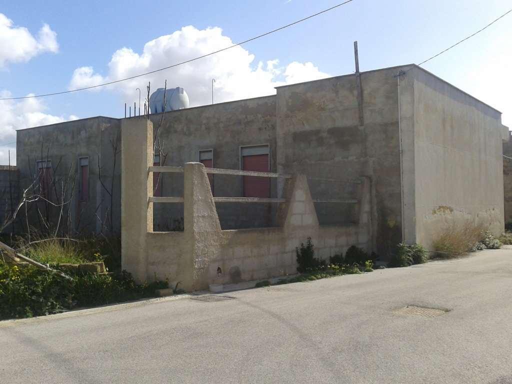 Soluzione Indipendente in vendita a Petrosino, 6 locali, prezzo € 70.000   CambioCasa.it