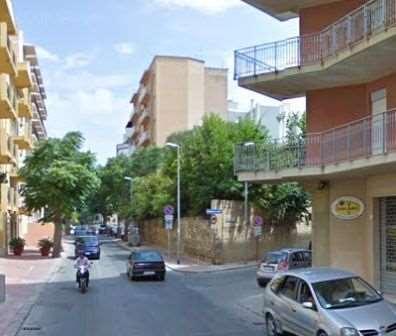 Negozio / Locale in affitto a Marsala, 2 locali, zona Località: Centro, prezzo € 450 | CambioCasa.it