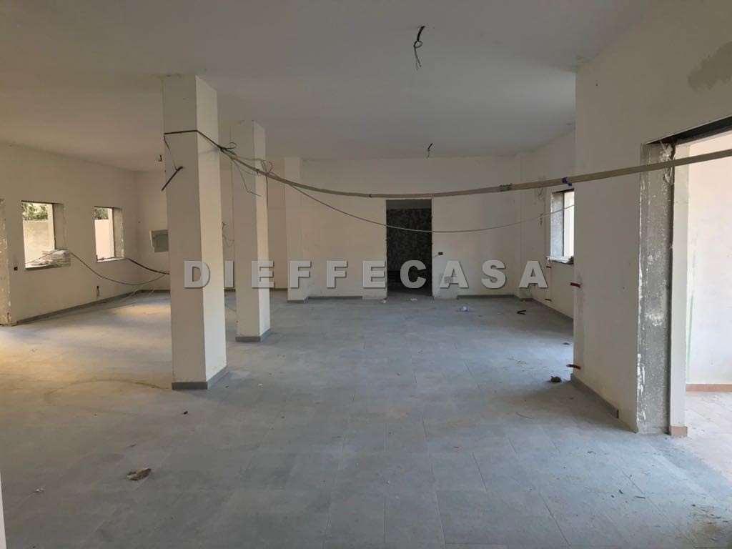 Negozio / Locale in affitto a Marsala, 1 locali, zona Località: Centro, prezzo € 1.330 | CambioCasa.it