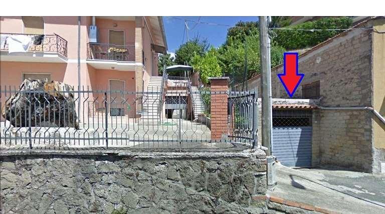Box / Garage in vendita a Lanuvio, 9999 locali, zona Località: Centro, prezzo € 25.000   CambioCasa.it