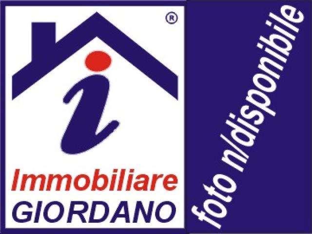 Attività / Licenza in vendita a Genzano di Roma, 2 locali, prezzo € 35.000 | CambioCasa.it