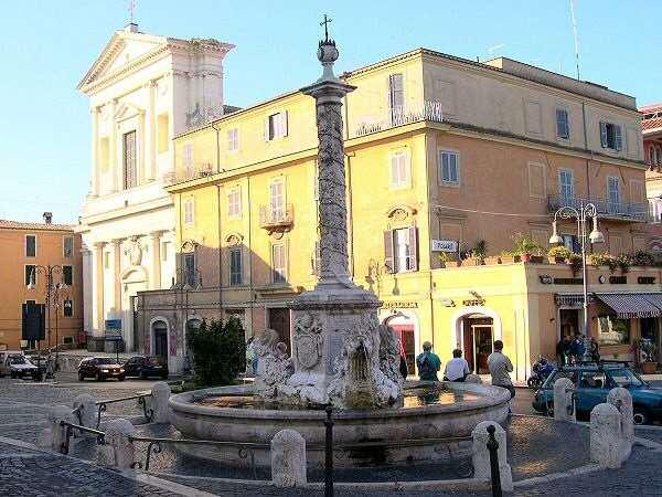 Ufficio / Studio in affitto a Genzano di Roma, 5 locali, zona Località: Centro, prezzo € 1.200 | CambioCasa.it