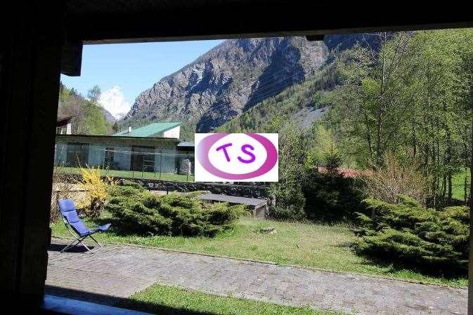Appartamento in vendita a Antey-Saint-Andrè, 2 locali, prezzo € 125.000 | CambioCasa.it