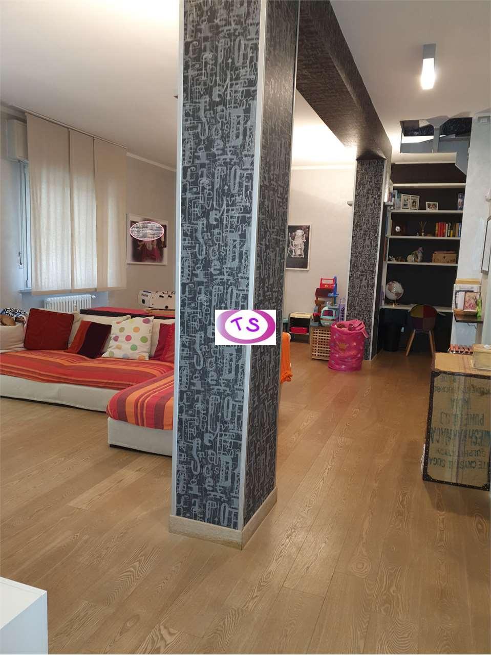 Appartamento in vendita a Casale Monferrato, 5 locali, prezzo € 199.000 | CambioCasa.it