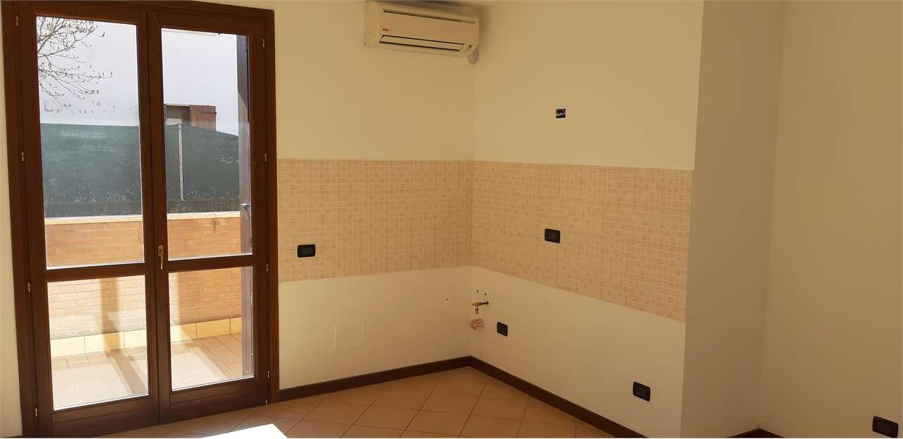 appartamento in vendita a curtatone - zona levata