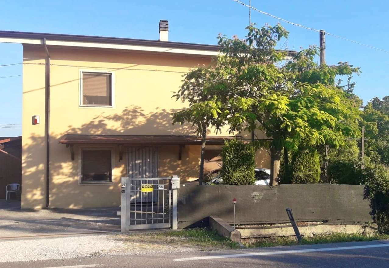 Soluzione Indipendente in vendita a Marcaria, 5 locali, zona Zona: Campitello, prezzo € 90.000 | CambioCasa.it
