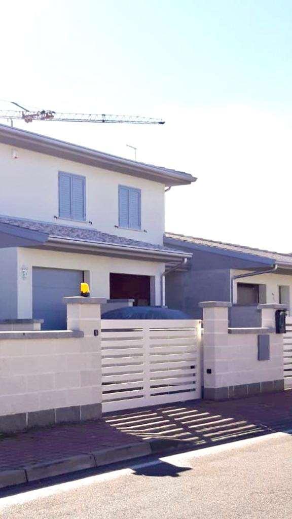 Villa a Schiera in vendita a Borgo Virgilio, 5 locali, prezzo € 235.000   CambioCasa.it