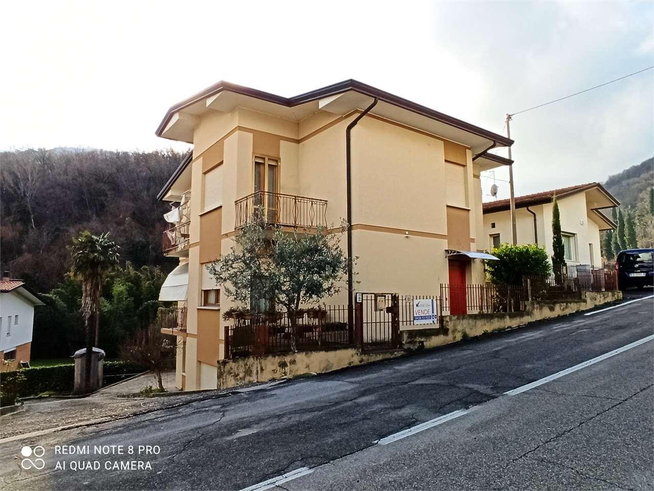Soluzione Indipendente in vendita a Vittorio Veneto, 6 locali, zona Località: Centro, prezzo € 245.000   CambioCasa.it