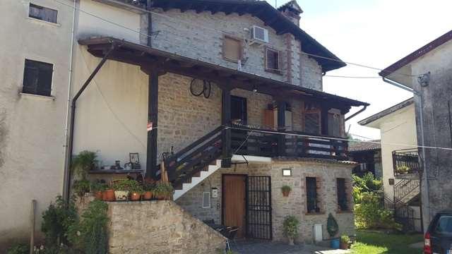 Rustico / Casale in Vendita a Tarzo