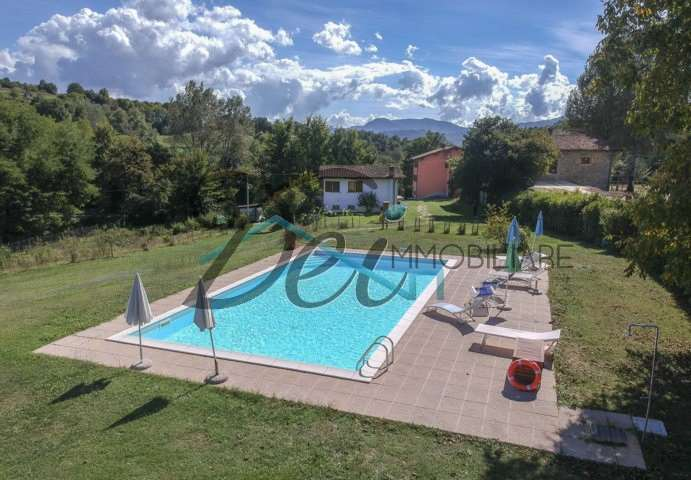 Azienda Agricola in vendita a Castiglione di Garfagnana, 30 locali, prezzo € 1.870.000 | CambioCasa.it