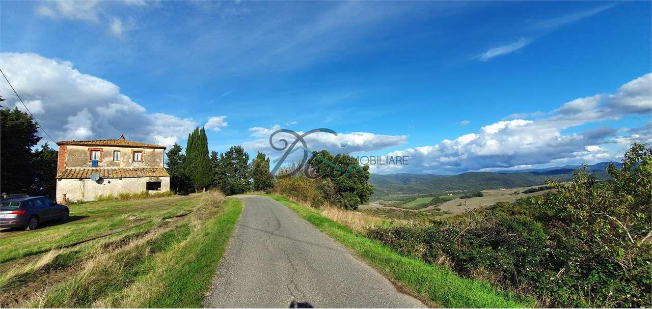 Azienda Agricola in vendita a Pomarance, 15 locali, prezzo € 800.000 | CambioCasa.it