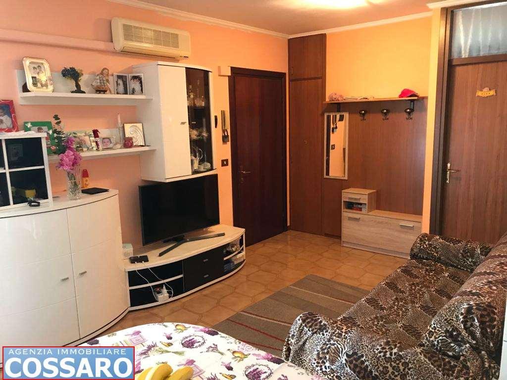 Appartamento in vendita a Castions di Strada, 3 locali, prezzo € 58.000 | CambioCasa.it