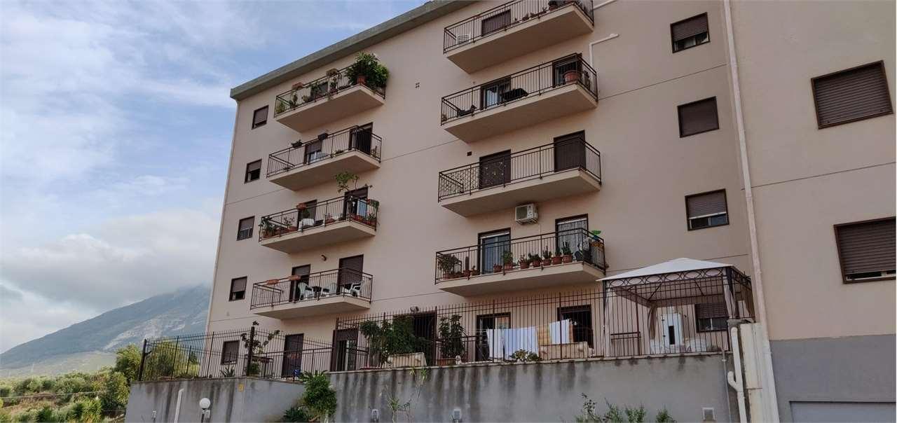 vendita appartamento termini imerese   175000 euro  4 locali  148 mq